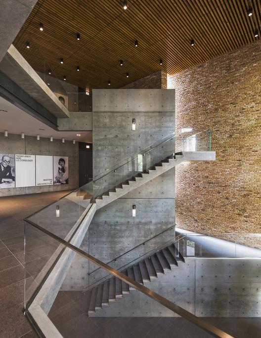 Wrightwood 659 Exhibition Space / Tadao Ando Architect and Associates. Image © Jeff Goldberg / ESTO