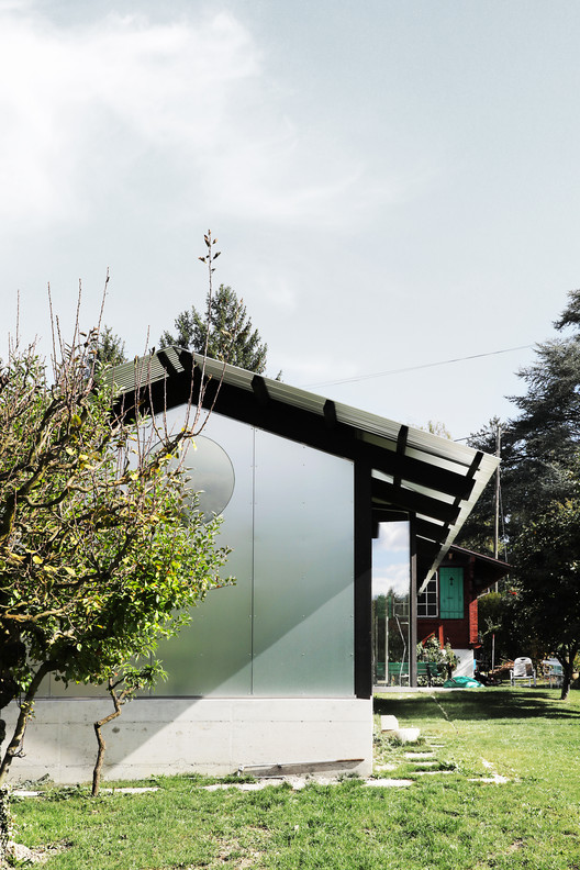 The Permanent Weekend House / Comte/Meuwly