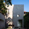 8x24 1 - 8x24 House / AHL architects: Được tạo ra bằng cách sắp xếp 4 khối chức năng