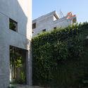 8x24 5 - 8x24 House / AHL architects: Được tạo ra bằng cách sắp xếp 4 khối chức năng
