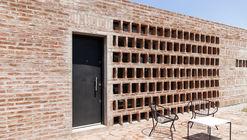 Casa AR / Valeria del Vecchio