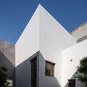8x24 18 - 8x24 House / AHL architects: Được tạo ra bằng cách sắp xếp 4 khối chức năng