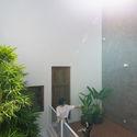 8x24 19 - 8x24 House / AHL architects: Được tạo ra bằng cách sắp xếp 4 khối chức năng