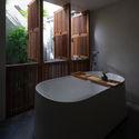 8x24 29 - 8x24 House / AHL architects: Được tạo ra bằng cách sắp xếp 4 khối chức năng