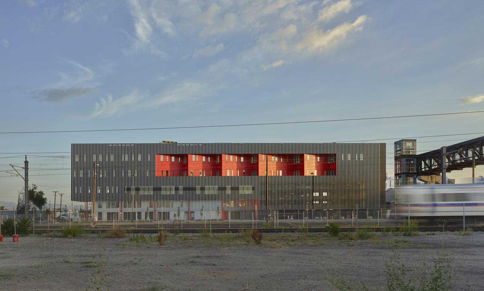 Zeppelin Station / Dynia Architects