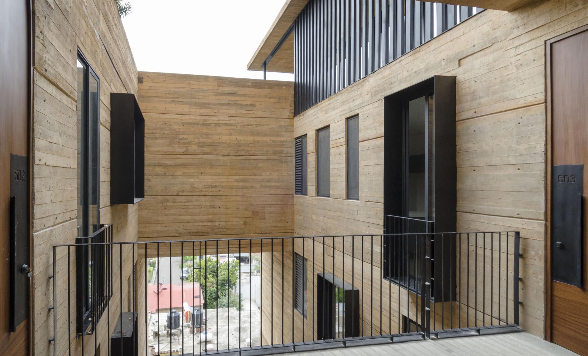 Edificio Vista San Felipe / Daniel López Salgado & Asociados - Plataforma Arquitectura