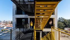 Edificio Casa 40 / Quaranta & Coraglio Arquitectos