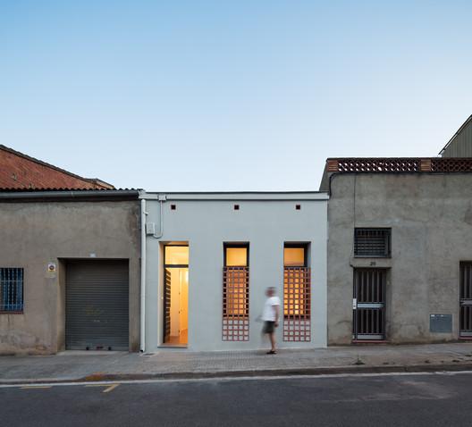 House Renovation Montcada / Hiha Studio