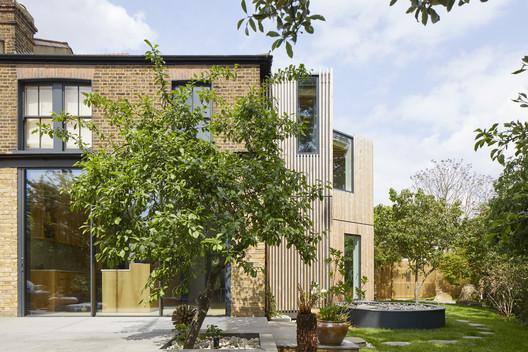 Ash House / R2 Studio Architects