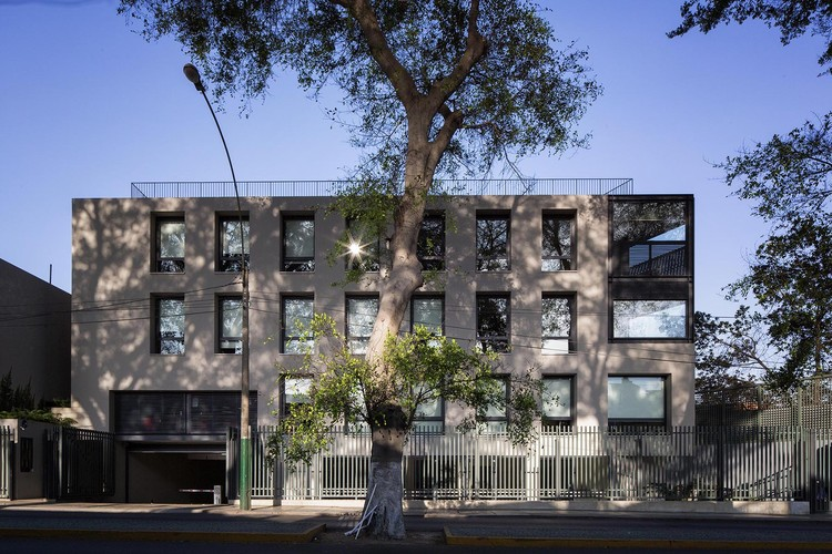 Edificio Pedro de Osma / David Mutal Arquitectos, © Alex Kornhuber, Gustavo Sosa Pinilla