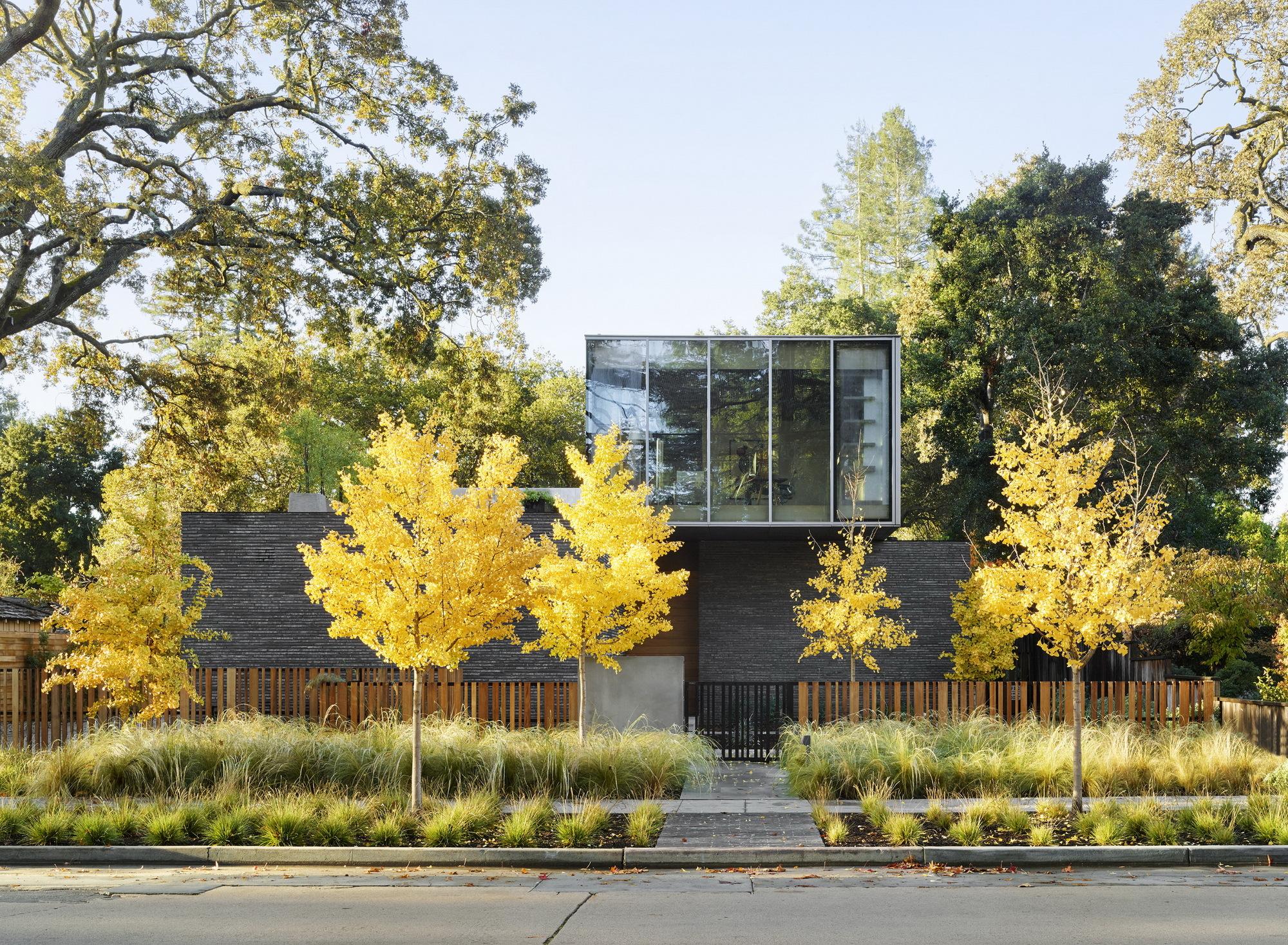 Waverley House / Ehrlich Yanai Rhee Chaney Architects