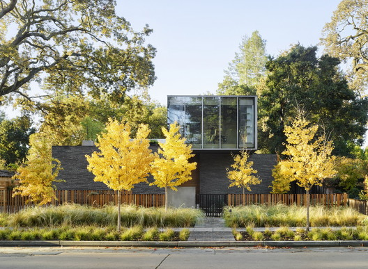 Waverley House / Ehrlich Yanai Rhee Chaney Architects