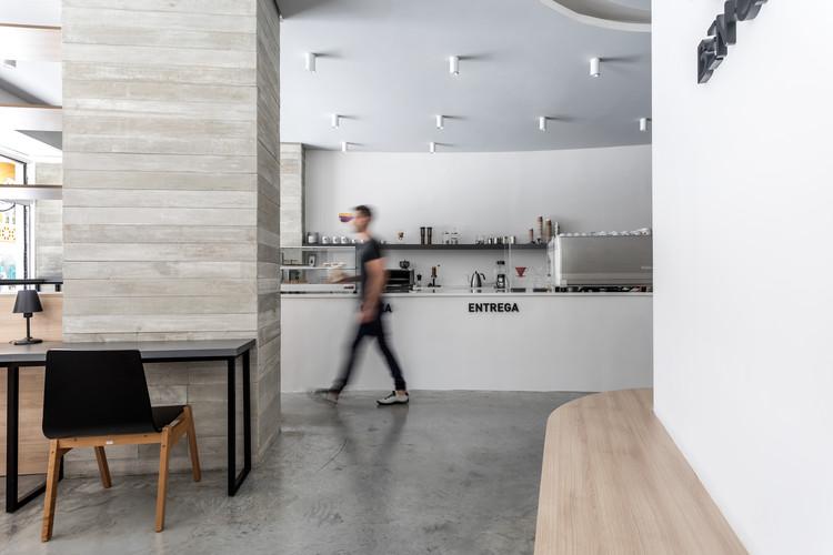 Ben Café / Studio Boscardin.Corsi Arquitetura, © Eduardo Macarios