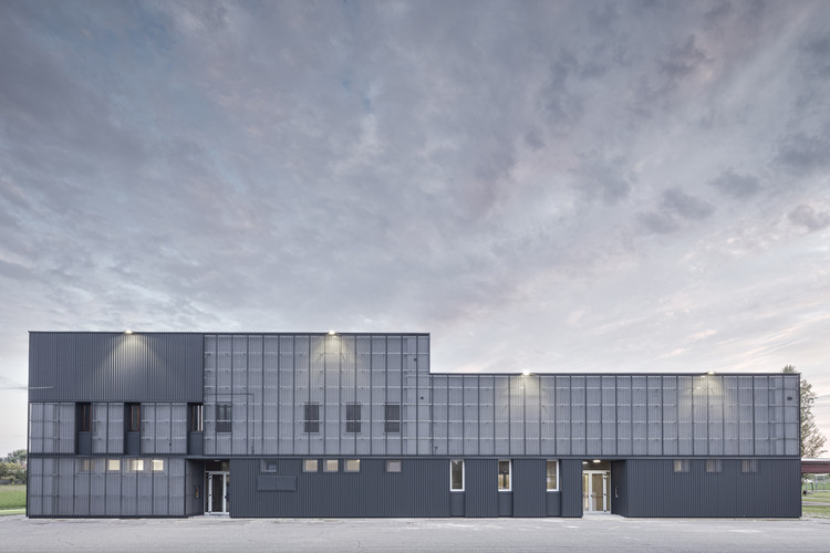 New Multipurpose Hall / KM 429 architecture, © Davide Galli