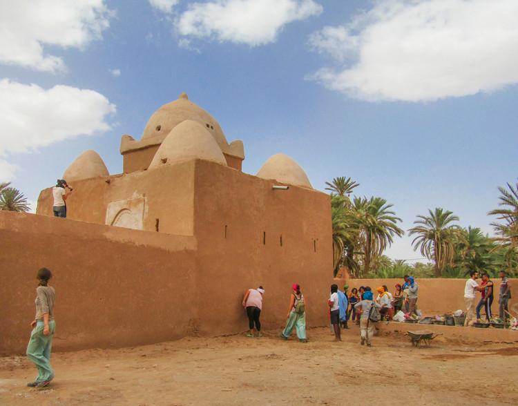 Construcción tradicional en tierra en el Desierto del Sáhara, Cortesía de Constanza Barrenechea