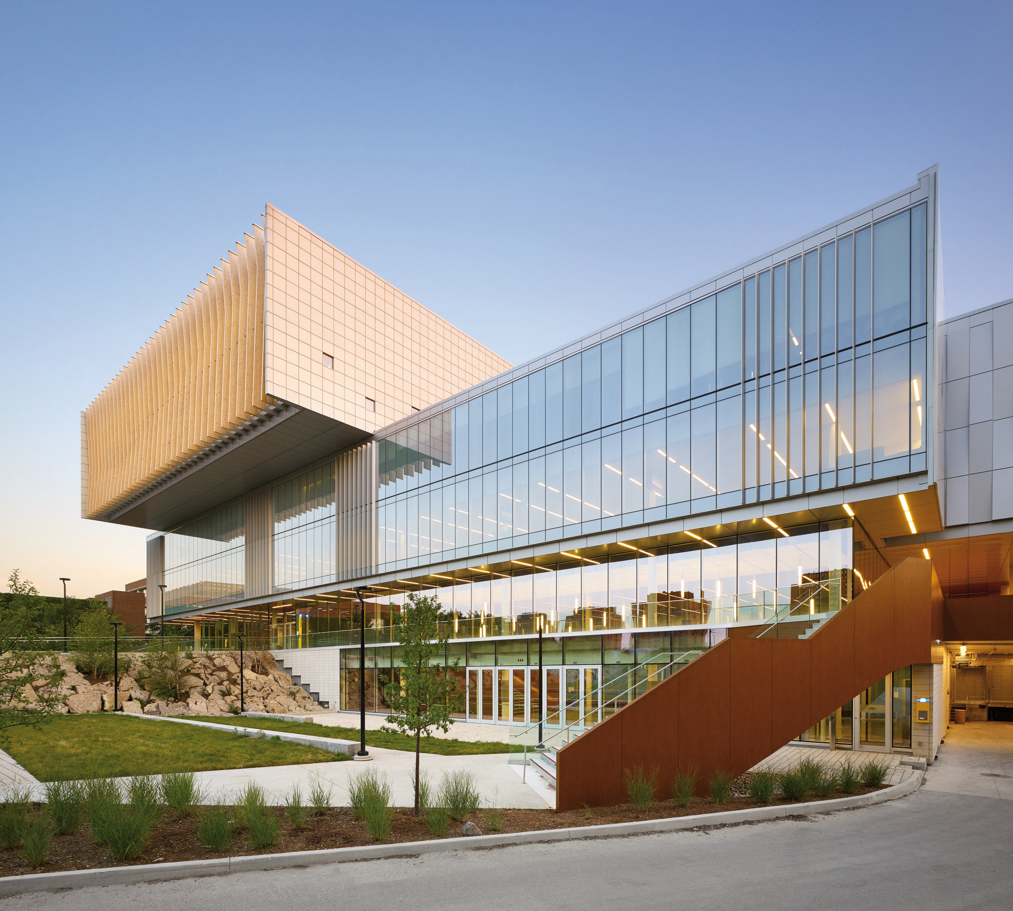 York University Student Centre Cannondesign Archdaily