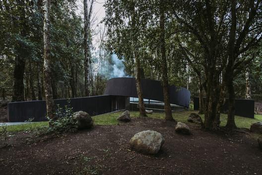 Espacio de meditación Quincho Moholy / José Peña