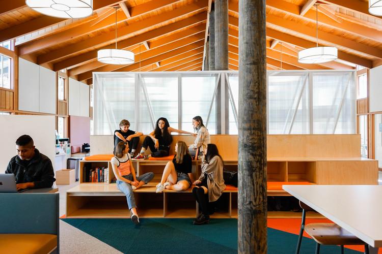 Stevenson School Library  / Studio O+A, © Kristina Cho