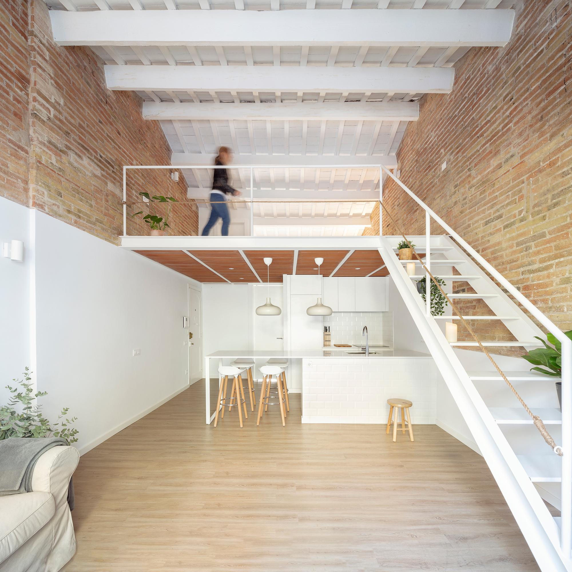 Mezzanine House Refurbishment Sergi Pons Architects Archdaily