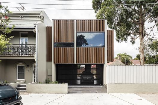 House 2040 / Robert Parisi Architecture + Design