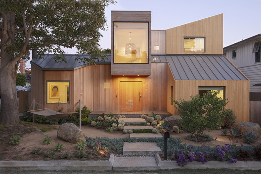 Casa 30th Street / Blue Truck Studio