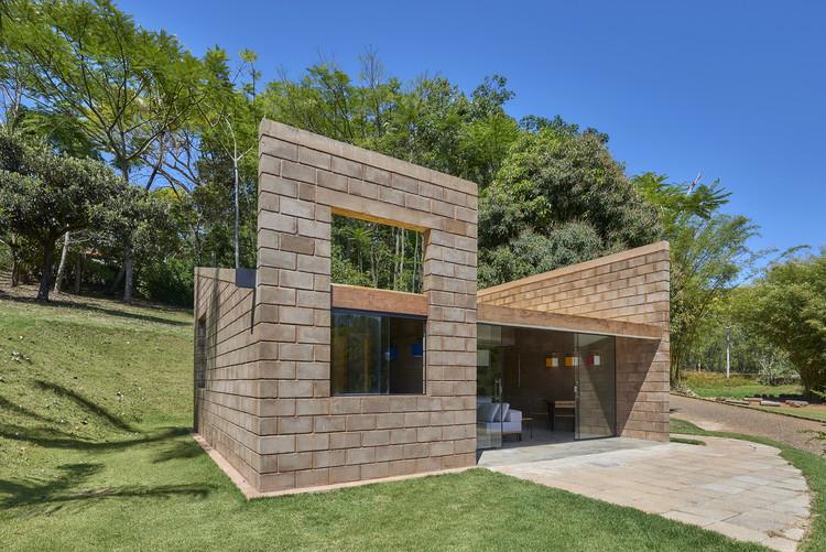 Casa sustentable / Gustavo Penna Arquiteto e Associados, © Jomar Bragança