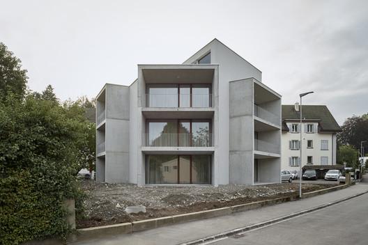 Apartment Building / Gautschi Lenzin Schenker Architects