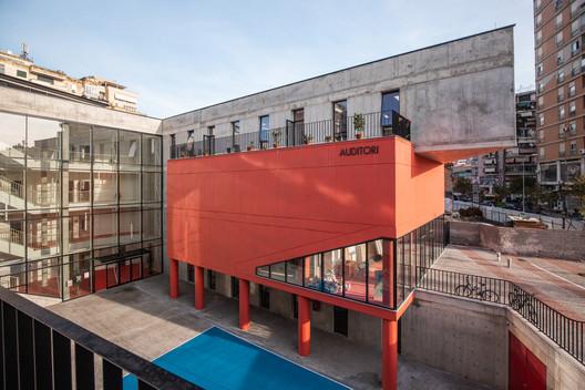 Servete Maçi Primary and Secondary School / Studioarch4