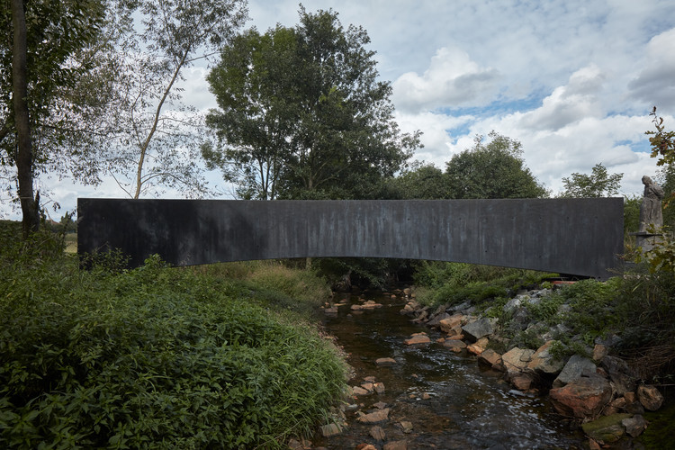 Ondřej Císler and Petr Tej Design Concrete Bridge Over a Stream in the Czech Republic, © Jakub Skokan and Martin Tůma / BoysPlayNice