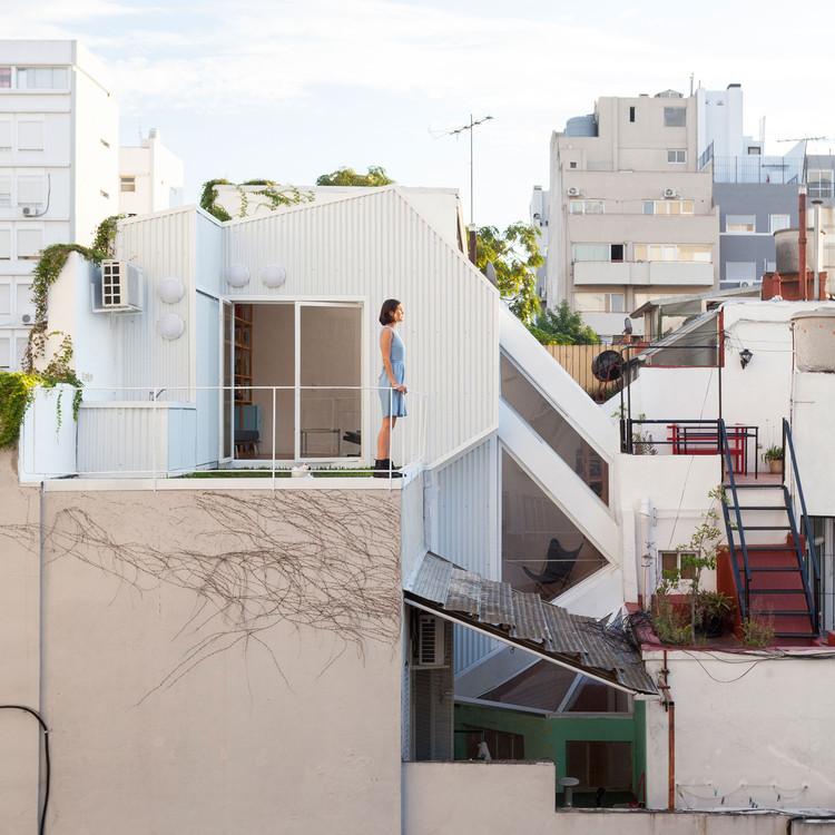 6 nuevas oficinas emergentes de arquitectura en Argentina, CCPM Arquitectos - PH Lavalleja. Image © Javier Agustín Rojas