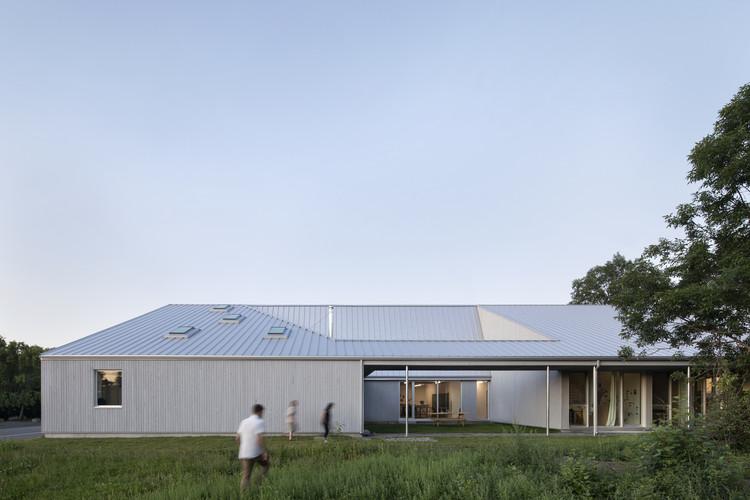 Est-Nord-Est Artists' Residence / Bourgeois / Lechasseur architectes, © Adrien Williams