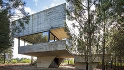Casa nas árvores / Luciano Kruk