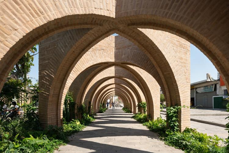 """Estudio MMX: """"Somos una generación de arquitectos abierta a recibir críticas, nos gusta trabajar en equipo"""", Jardines centrales de Jojutla / MMX. Image © Dane Alonso"""
