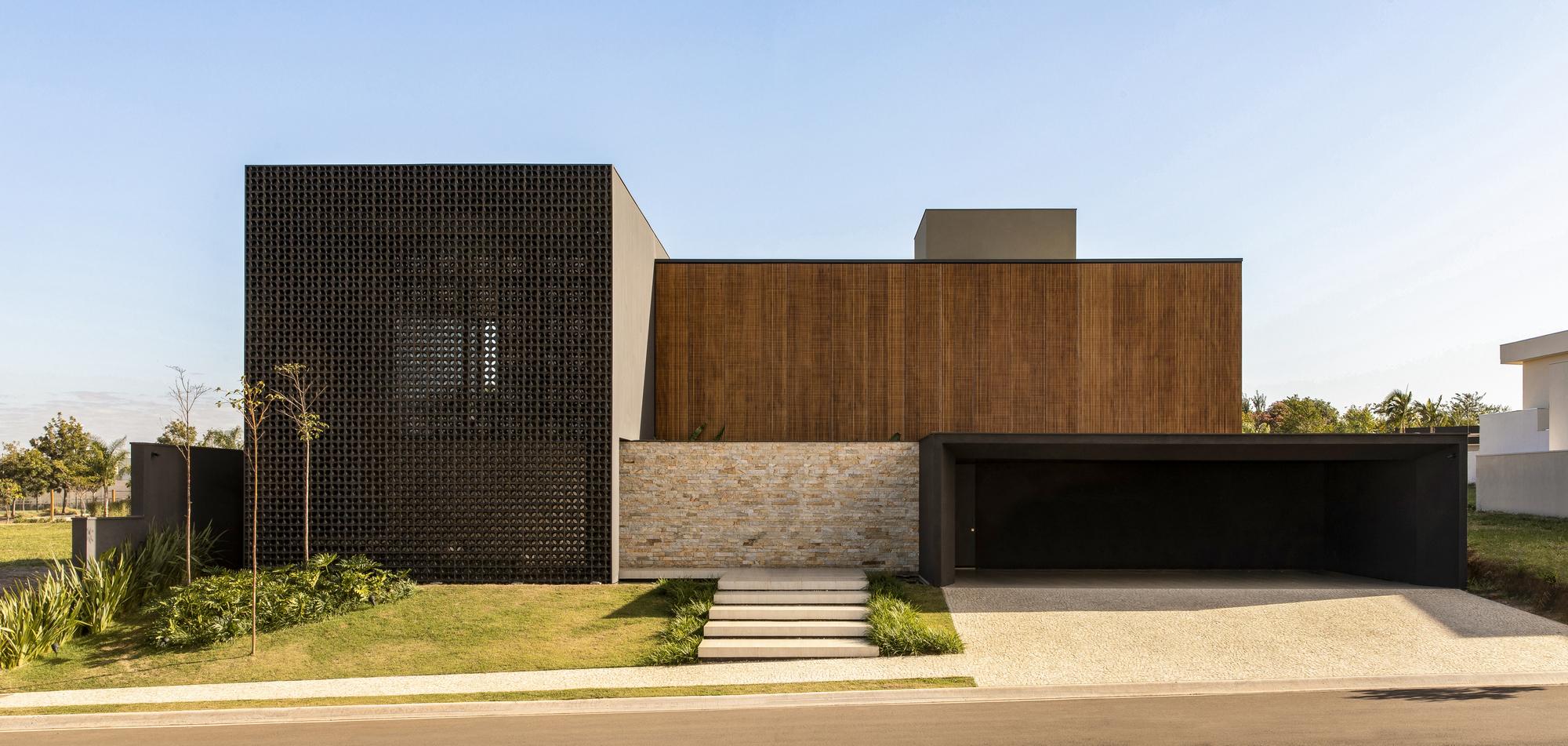 Cobogos House / mf+arquitetos