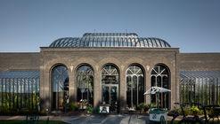 Palácio do Gin Hendrick's e Destilaria / Michael Laird Architects