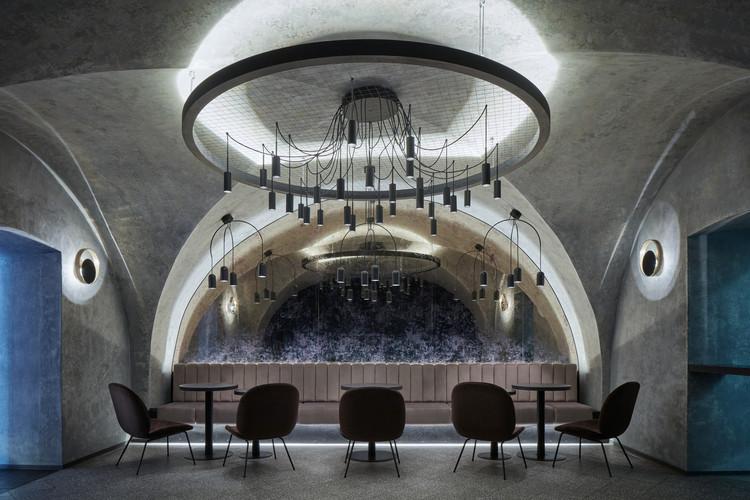 Moon Club / Formafatal + Machar&Teichman, © Jakub Skokan, Martin Tůma / BoysPlayNice