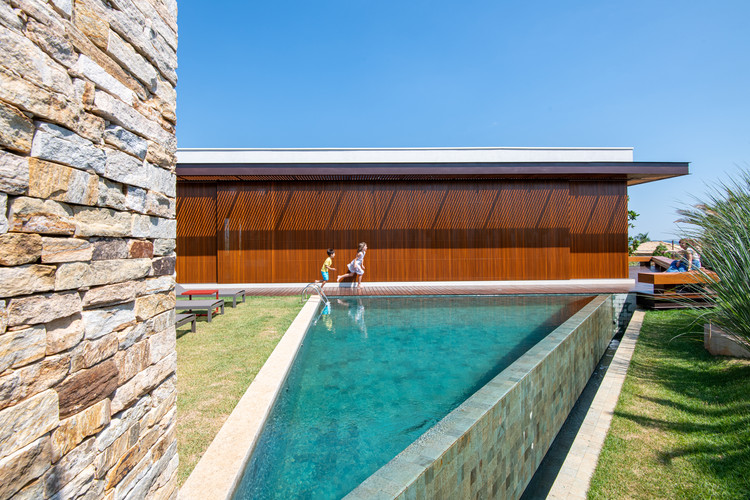 Casa KT / Mila Ricetti Arquitetura, © Favaro JR