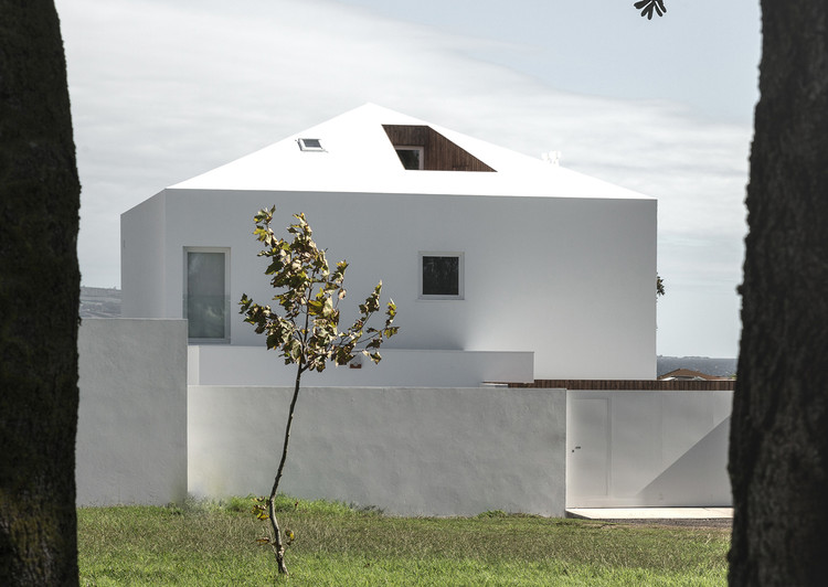 NVC House / Salworks, Cortesia de Salworks