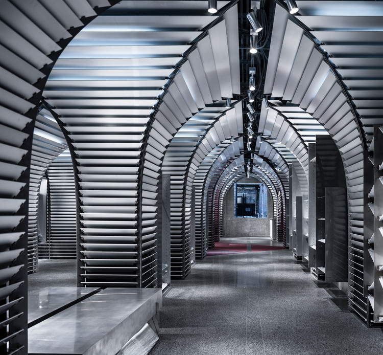 CONCEPTS Xintiandi Store / dongqi Architects, © Qingshan Wu