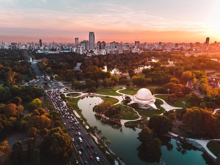 Buenos Aires, Cidade do México e São Paulo entre as 50 melhores cidades para se investir em 2019, Cidade de Buenos Aires, Argentina. Imagem via Gobierno de Ciudad Autónoma de Buenos Aires Bajo Licencia CC BY 2.5 AR