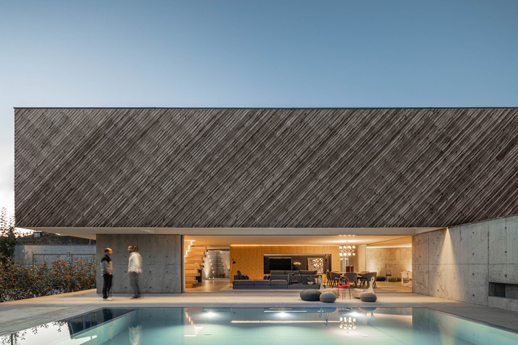 Casa A / REM'A, © Ivo Tavares Studio