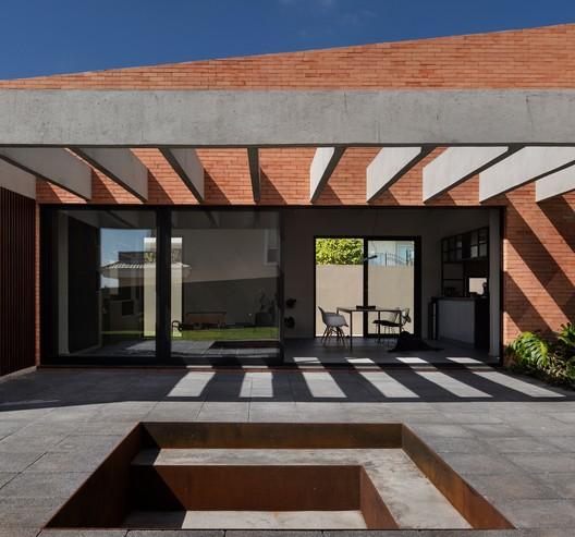 Pátio House / Arquea Arquitetos