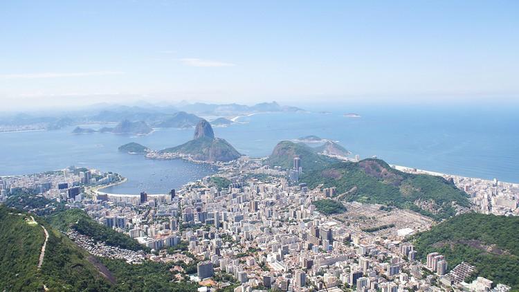 Quais são as cidades brasileiras com moradia mais acessível?, Rio de Janeiro. Foto: Jaime Spaniol, via Unsplash. Licença CC