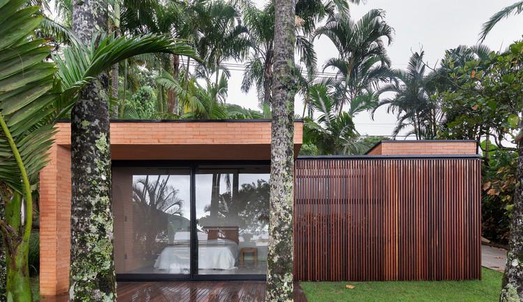 Beach Suite / Arquea Arquitetos, © Federico Cairoli