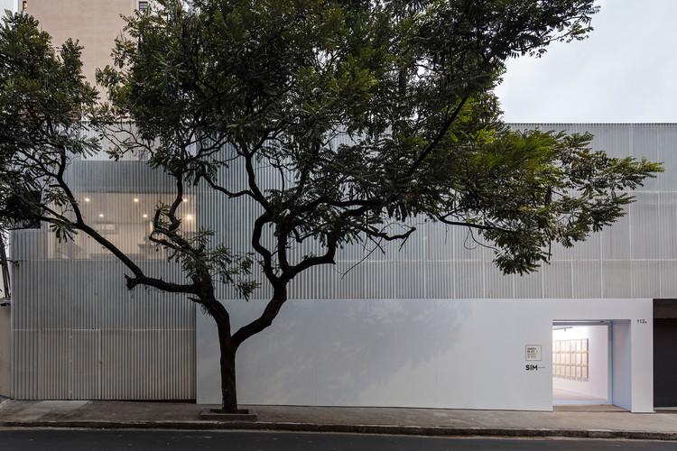 Galeria SIM + Simões de Assis / Arquea Arquitetos, © Leonardo Finotti