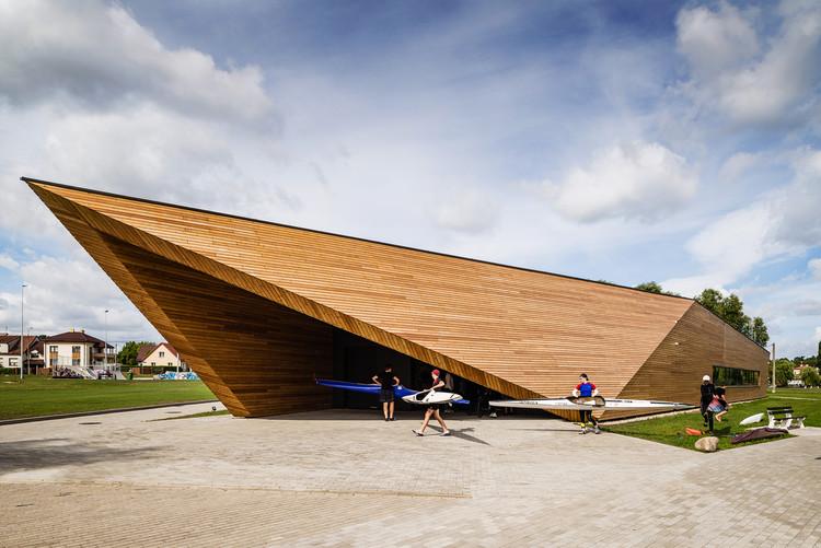 Canoeing Training Base / PSBA + INOONI, © Bartosz Dworski