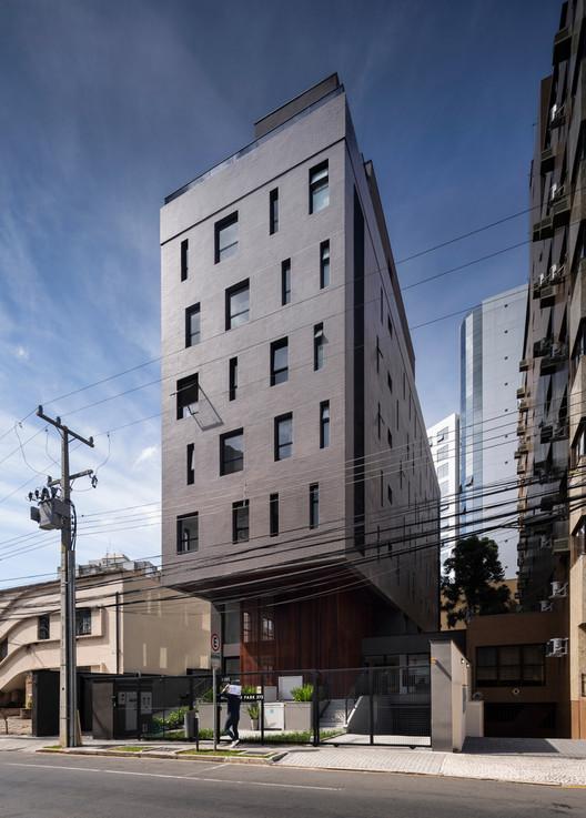 High Line Park Building / Arquea Arquitetos, © Federico Cairoli