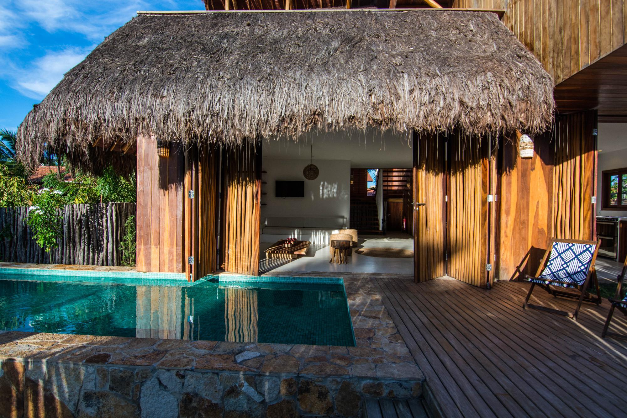 Nomades House / Mareines Arquitetura