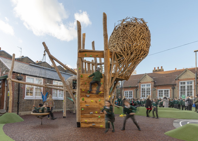 Park Walk Primary School Playground / Foster + Partners, © Aaron Hargreaves Foster + Partners