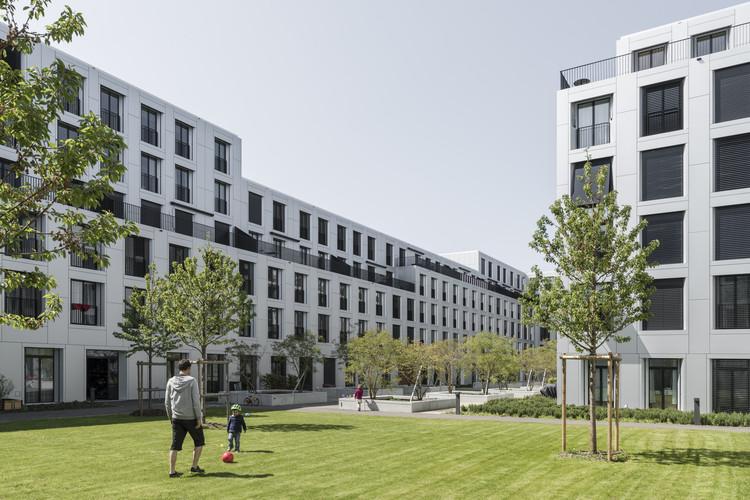 """""""sue&til"""" – New City of Wood Housing  / ARGE suetil + weberbrunner architekten ag + Soppelsa Architekten, © Beat Bühler"""